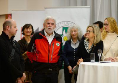 Arzt und Künstler Dr. Walter Mokrusa und Ärztekammer Wien unterstützen die Bergrettung NÖ/Wien 1