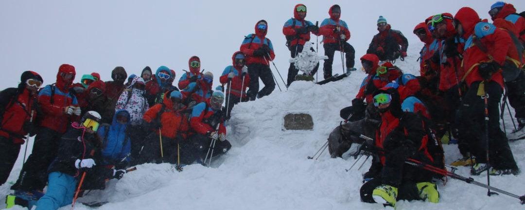 Lawinenhundeausbildung International: Niederösterreichische Bergretter zu Gast bei Tschechischer Bergrettung