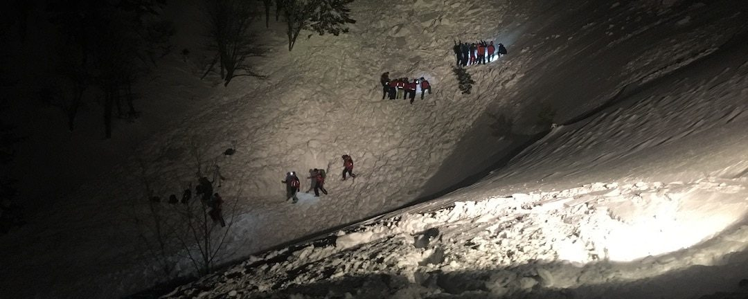 Großeinsatz für Bergrettung nach Lawine auf der Rax
