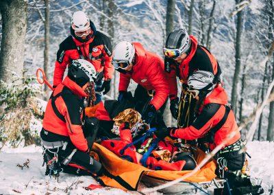 Winterkurs: 35 neue BergretterInnen für NÖ/W 7