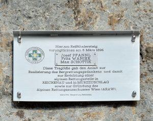 125 Jahre organisiertes alpines Rettungswesen 1